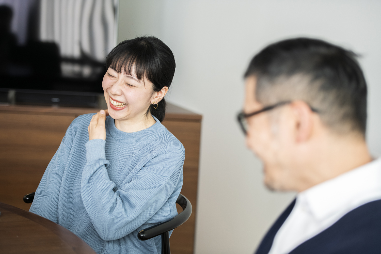 山口萌子さん、色部義昭さん