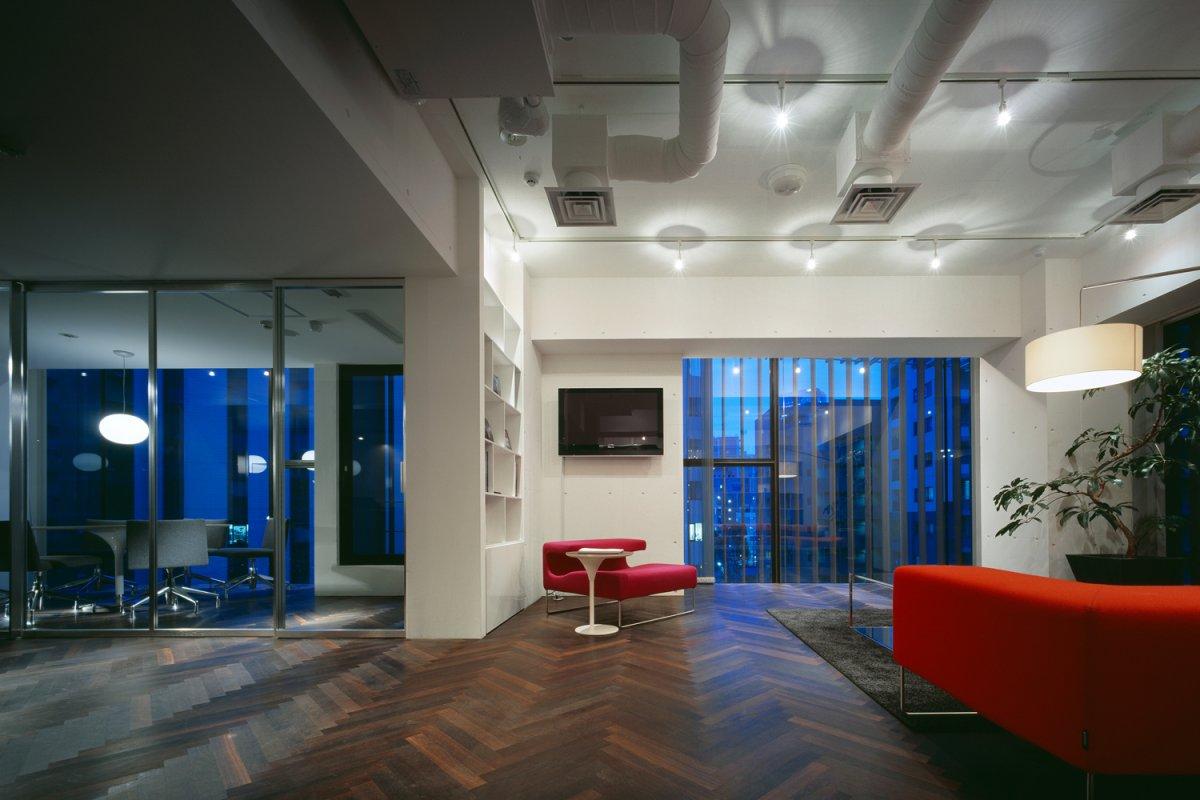 ドラマの撮影でも使用されたシックなオフィス